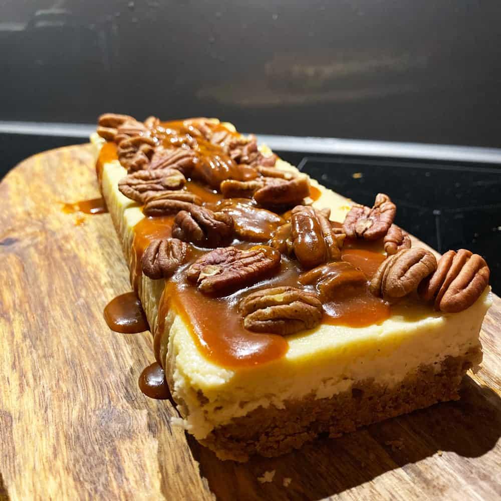 Cheesecake met pecannoten en karamel (en Moscatel de Setúbal)